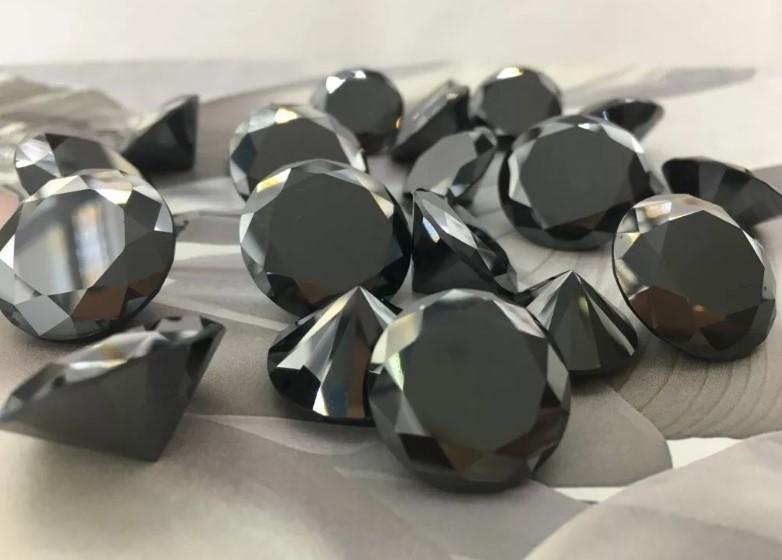 Черный бриллианты