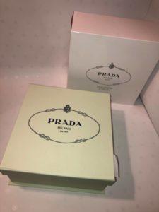 сумки Prada в упаковке