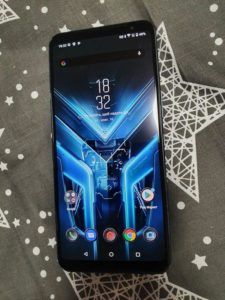 Телефон Asus ROG Phone 3 ZS661KS