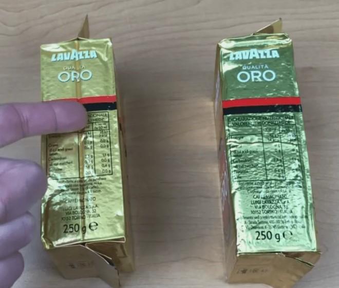 Красно-черная полоса на упаковке оригинального кофе Лавацца