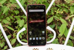 Телефон Nubia Red Magic 3 8/128Gb