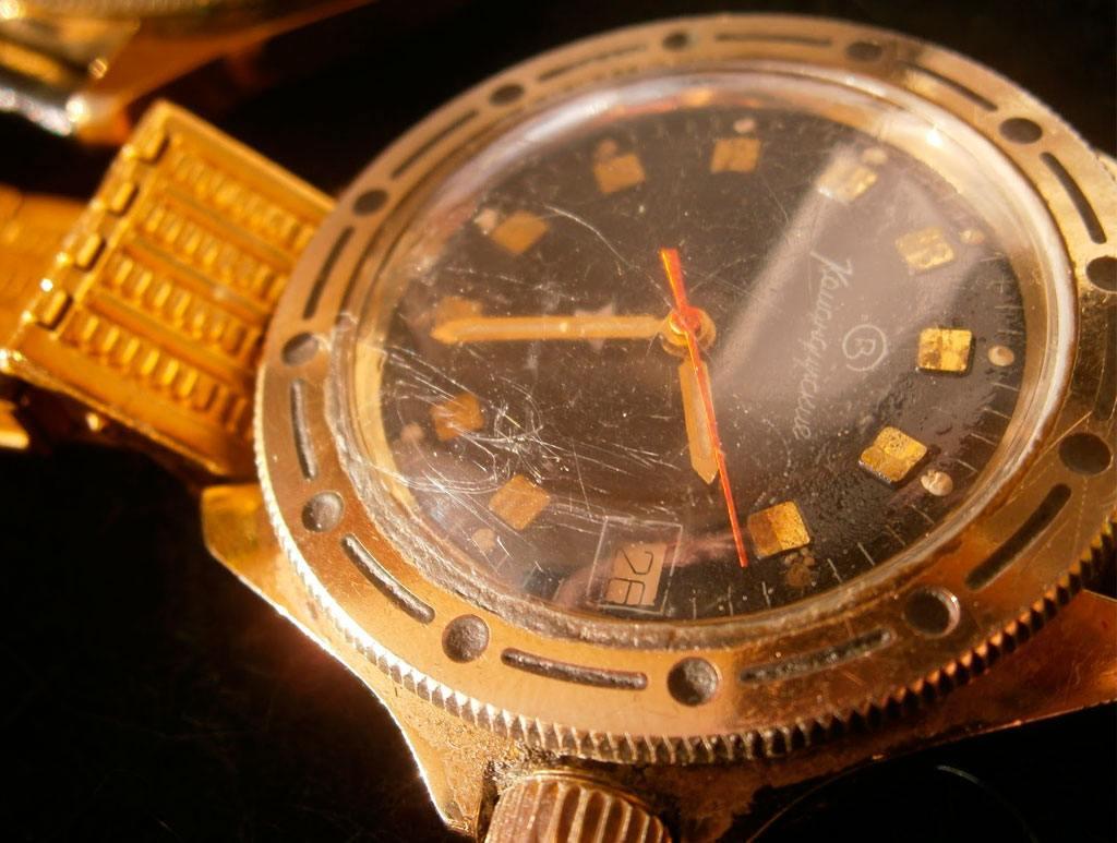 Часы с минеральным стеклом