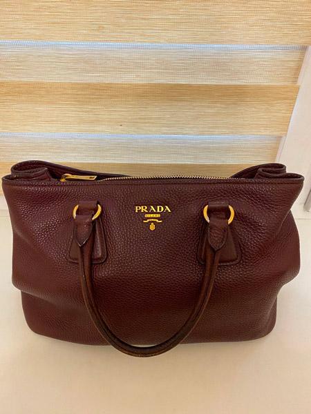 Внешнее оформление сумки Prada