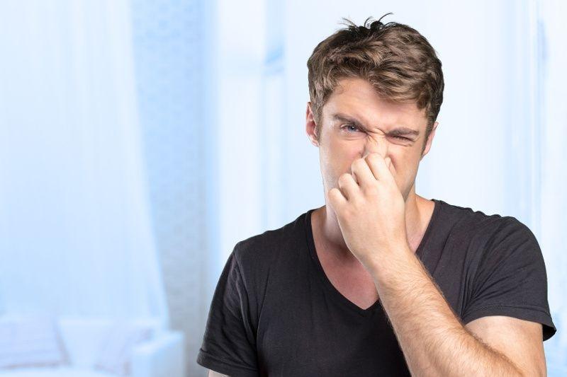 Запах пластика или резины